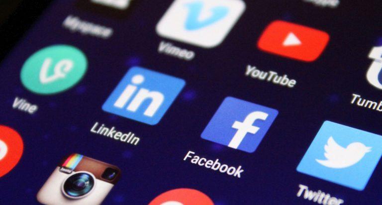 Liza Potts: The Dark Secrets of Social Media Dark Patterns